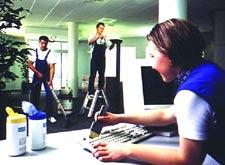 irodatakarítás jól képzett kollégáinkkal